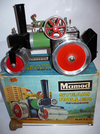 Mamod steam roller.