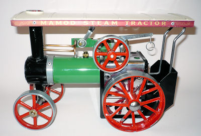 Mamod traction engine.