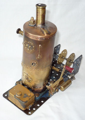 Meccano steam engine with unembosed boiler.